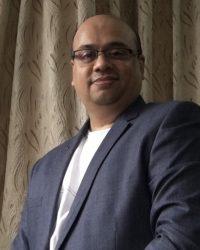 Dr Naveen